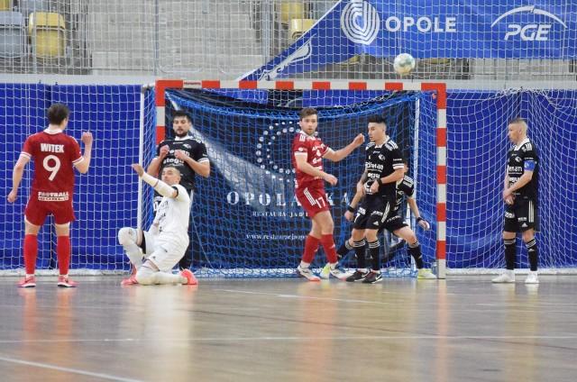 Futsaliści Dremana Opole Komprachcice i Fit-Morning Gredara Brzeg rozpoczną sezon w Statscore Futsal Ekstraklasie meczami u siebie.