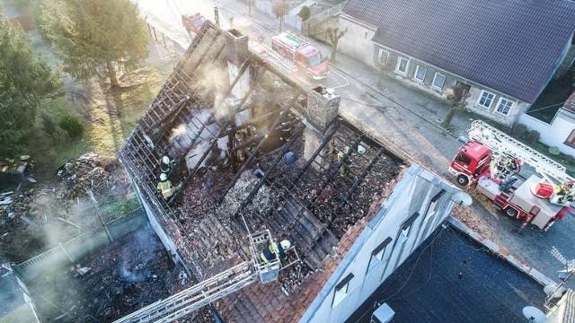 Pożar domu w Witnicy wybuchł w niedzielę 21 lutego.