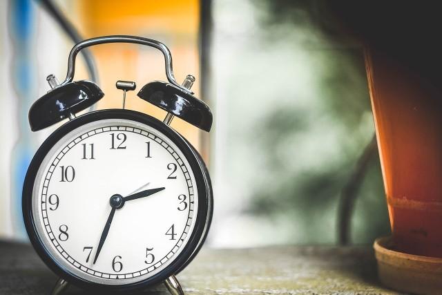 W nocy z 26 na 27 października cofniemy zegarki o godzinę.
