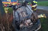 Wypadek w Zieleniu w powiecie wąbrzeskim. Kierowcy osobówki nie było ani w aucie, ani w jego pobliżu