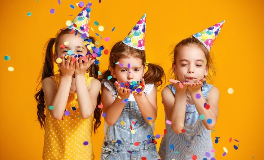 Najpopularniejsze imiona nadawane dzieciom: dziewczynki. Nową królową Julia! Ranking imion w Polsce