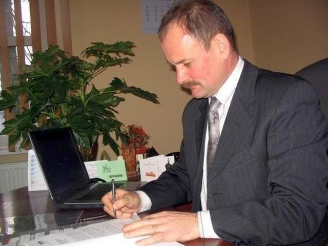 Burmistrz Stanisław Małachwiej ma na koncie prawomocny wyrok, ale nie czuje się winny