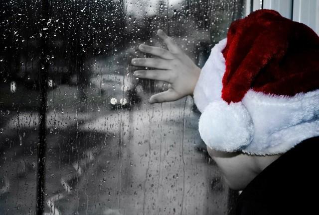 Jaka pogoda będzie w wigilię, Boże Narodzenie i Sylwestra? Prognozę pogody zna jasnowidz z Człuchowa. Jest... zaskakująca.