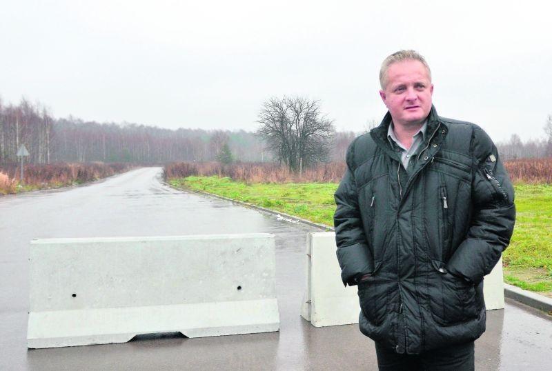 – Będę się domagał, aby miasto pokryło koszty ustawieniazapór – mówi Piotr Misztal.
