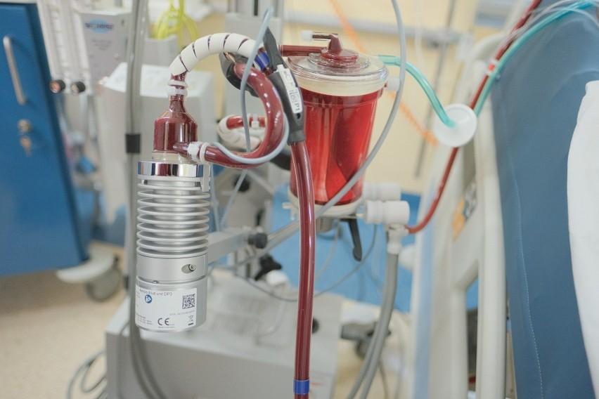 Fragment aparatu ECMO, tzw. sztucznego płuca