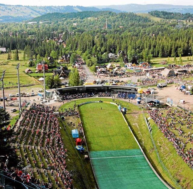 Najlepsi światowi skoczkowie znów pojawią się w Zakopanem na początku sierpnia. Będą skakać na igielicie na Wielkiej Krokwi