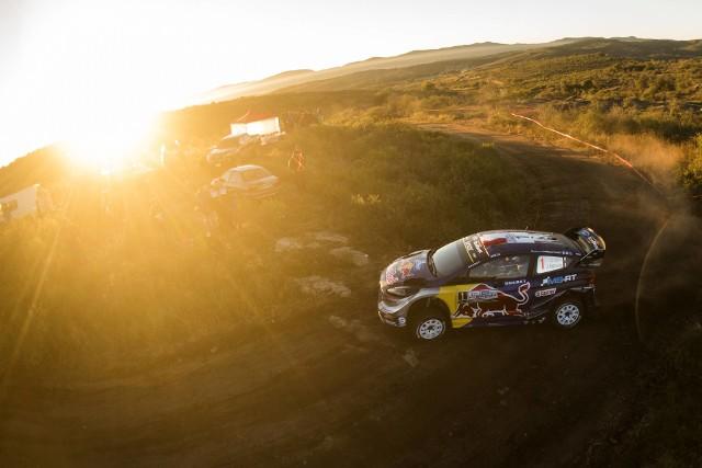 W czwartek zacznie się 74. Rajd Polski. Ogier pojedzie w nim piąty raz w klasie WRC. 33-letni  Francuz to czterokrotny mistrz świata. Wszystkie tytuły zdobył w barwach fabrycznego zespołu Volkswagena. Od tego sezonu jeździ w prywatnym M-Sporcie.