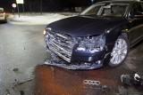 Audi wprost pod jaguara. Groźna kolizja przy ul. Kaszubskiej w Słupsku [ZDJĘCIA]