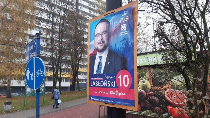 Plakat wyborczy Pawła Jabłońskiego przy ul. Chrobrego na Osiedlu Tysiąclecia w Katowicach, 13.11 2019