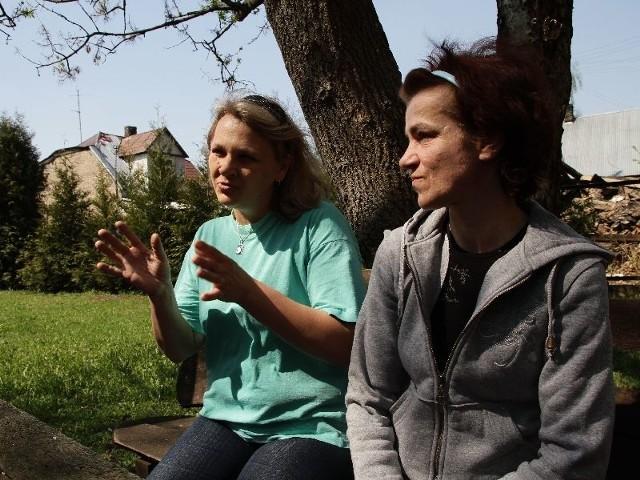 Ala (z lewej) i Basia – poznały się w Naszym Domu. Basia już wychodzi na prostą. Ala jeszcze musi udowodnić, że poradzi sobie z obowiązkami matki. Ma przed sobą niełatwe zadanie, bo jej synek Dawidek cierpi na autyzm.