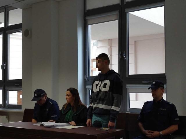 W czwartek rozpoczął się proces Michała Z. Na ławie oskarżonych zasiadła też jego matka, Anita Z. i siostra, Marta Z.