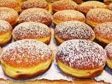 Przepis na pączki z piekarnika. Pieczone bez tłuszczu pączki FIT idealne na tłusty czwartek. Specjalny przepis dla liczących kalorie