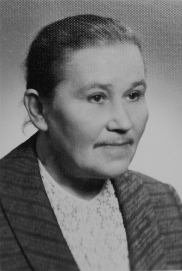Halina Zaremba była nauczycielką w wielu szkołach. W Bielsku pamiętają ją jako nauczycielkę w Liceum Pedagogicznym, potem w Zespole Szkół Zawodowych