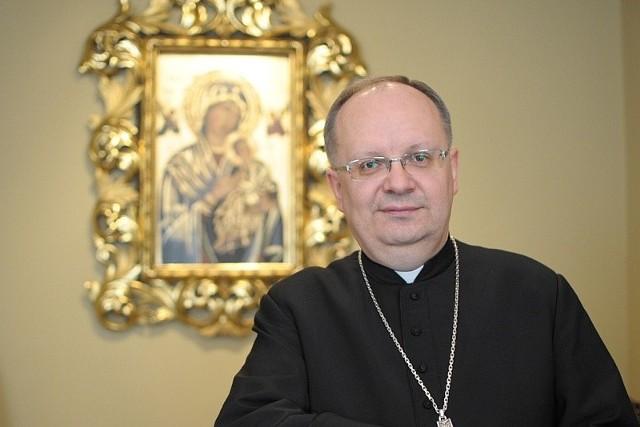 Biskup opolski Andrzej Czaja.