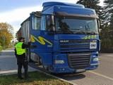 KAS przechwyciła transport ponad 23 ton nielegalnych odpadów. Kierowca został zaskoczony niedaleko Aleksandrowa Kujawskiego [zdjęcia]