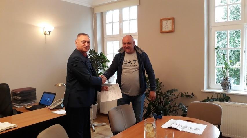 Podpisano umowę na remont ul. Pochyłej.