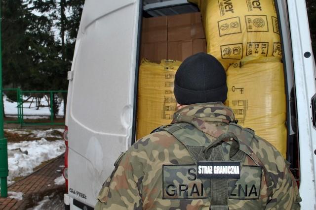 22 stycznia funkcjonariusze  Wydziału Zabezpieczenia Działań pełniący służbę na terenie powiatu grajewskiego zatrzymali do kontroli Volkswagena Craftera.