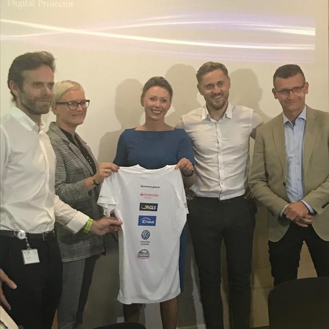 Przedstawiciele głównych sponsorów Poznań Business Run zapraszają do udziału w sztafecie biegowej nad Wartą