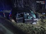 Wypadek na DK91 w Winownie. Zderzyły się dwa samochody. Trzy osoby zostały ranne i trafiły do szpitala