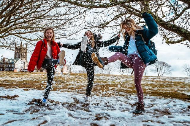 Wolne do pracy i szkoły. Kiedy będziemy mieć dłuższy weekend w grudniu 2019. Kiedy rozpoczyna się zimowa przerwa świąteczna?