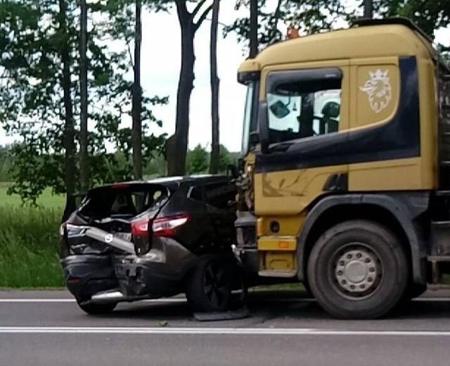 Zdjęcia z wypadku przysłał nam Czytelnik.