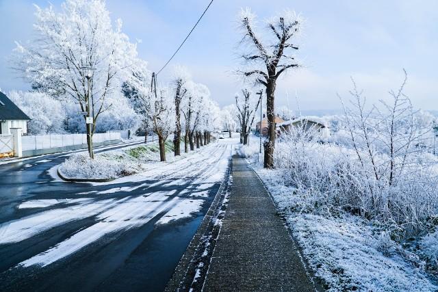 Na niedzielę, 3 stycznia prognozowane są przejściowo, miejscami opady marznące powodujące gołoledź