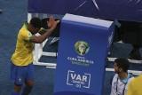 Copa America. Gabriel Jesus dostał czerwoną kartkę, a złość wyładował na... kabinie VAR [WIDEO]