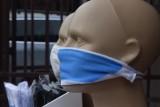 Związek Przedsiębiorców i Pracodawców apeluje o przepisy jednoznacznie zezwalające na nieobsługiwanie klientów bez osłony nosa i ust