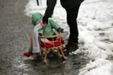 Protest klimatyczny w Łodzi. Wyjdą z sankami na ulicę Piotrkowską, żeby pokazać kryzys klimatyczny i anomalie pogodowe