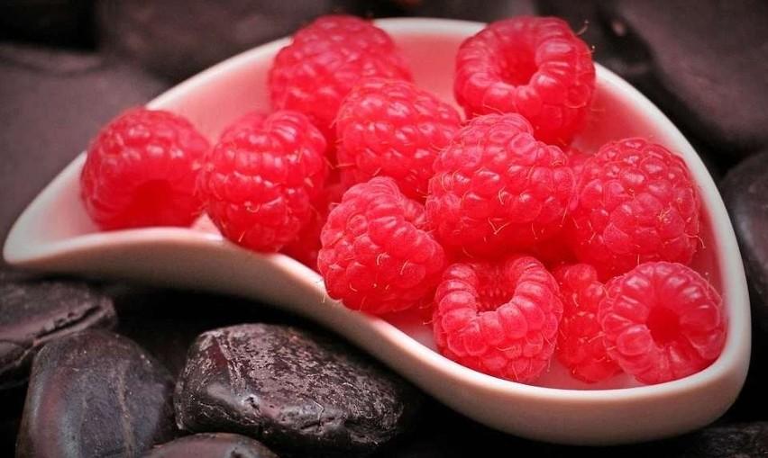 Zarówno owoce, jak i liście malin są znakomitym środkiem...