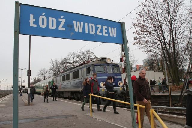 Minister transportu Sławomir Nowak na Tweeterze obiecał, że kolej przeanalizuje połączenia Łódź-Warszawa.