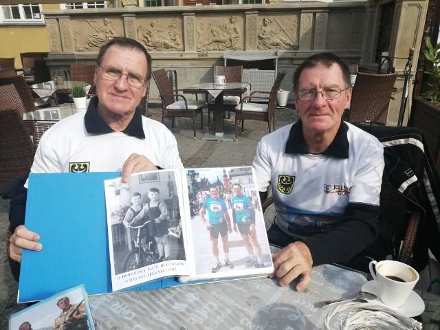 Bracia Bolesław i Mieczysław Osipikowie na rowerach przejechali ponad pół miliona kilometrów
