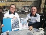 Razem mają 142 lata, a na rowerach przejechali ponad pół miliona kilometrów. Bracia Bolesław i Mieczysław Osipikowie odwiedzili Gdańsk