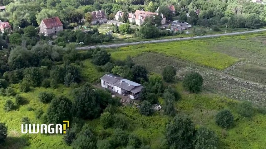 Wrocław: Działkę wartą ponad 4 mln zł zajęli skłotersi. Właściciele bezradni