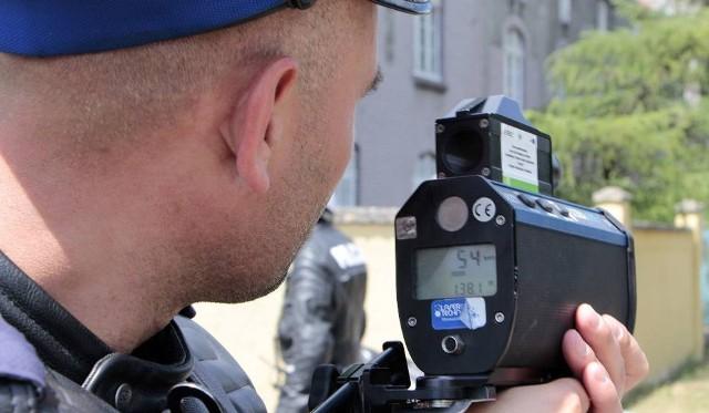"""Grudziądzcy policjanci z """"drogówki"""" działania pod kryptonimem NURD prowadzili we wtorek, od g. 6 do 22."""