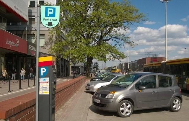 W centrum Łodzi nie zaparkuje się za darmo...