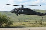Black Hawk utknął w Uściu Gorlickim. Śmigłowiec miał zerwać linię energetyczną. Sprawę bada żandarmeria wojskowa