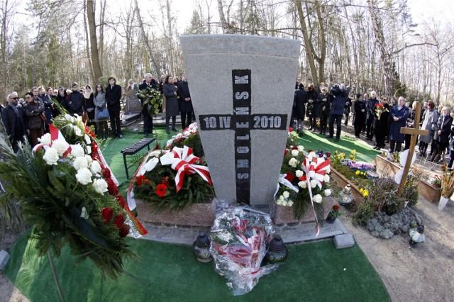 Wojewoda i wicewojewoda pomorski na gdańskim Srebrzysku złożą kwiaty m.in. na grobie Arama Rybickiego