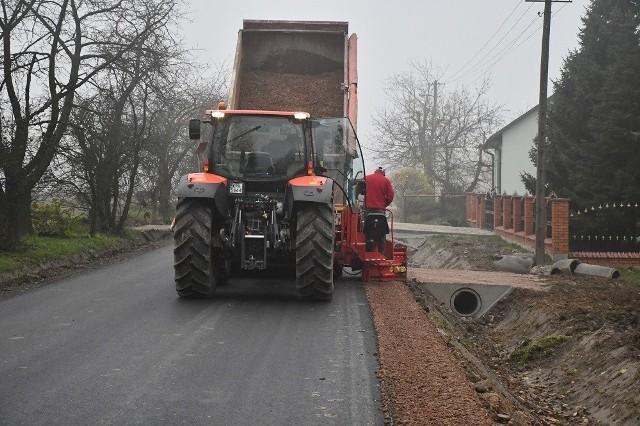 Przebudowa drogi powiatowej w Pstroszycach II