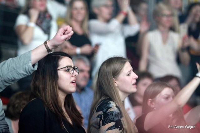 W sobotę w hali w Koszalinie odbyła się gala Disco Polo. Zobaczcie zdjęcia z tego wydarzenia.Zobacz także: Magazyn Kulturalny GK24 (7.03)