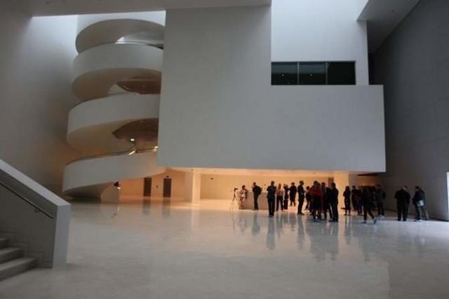Dziś mieszkańcy mogą zwiedzić budynek filharmonii.