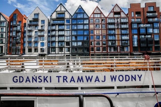 W tym sezonie nie będzie rejsów tramwajami wodnymi Żeglugi Polskiej liniami F-5 i F-6 z centrum Gdańska. Wyczerpała się dotychczasowa formuła współpracy finansowej między organizującym popularne kursy samorządem miasta i armatorem, Żeglugą Polską.