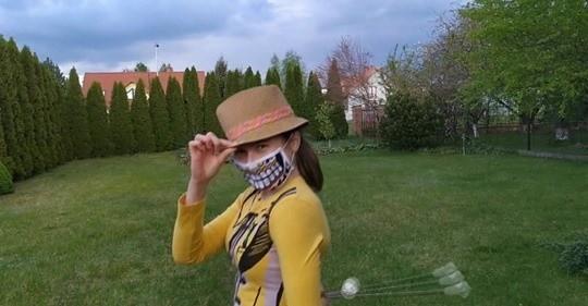 """Mażoretki Driady z Uniejowa zdalnie przygotowały układ do muzyki z filmu """"Maska"""""""