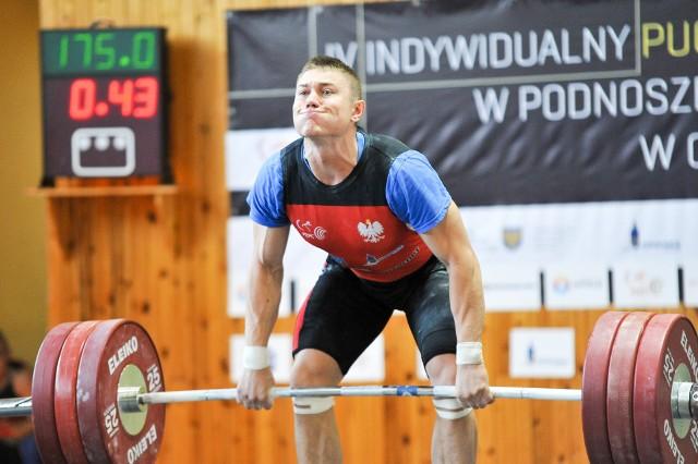 Paweł Kulik to aktualnie jeden z wyróżniających się zawodników Budowlanych Opole.