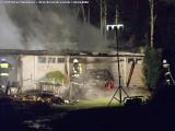 Nocny pożar w Kudrowicach. Spłonęły samochody i towar na handel! ZDJĘCIA