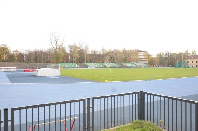 Zarząd Infrastruktury Sportowej w Krakowie ogłosił przetarg na opracowanie dokumentacji dla budowy i przebudowy obiektów stadionu lekkoatletycznego WKS Wawel przy ul. Podchorążych 3.