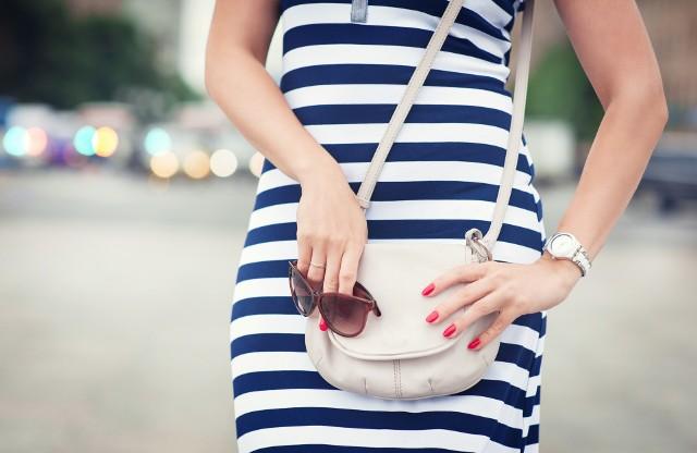 Wazelina i jej zastosowanieWazelina poprawi wygląd skórzanej torebki, pomoże także przy malowaniu paznokci!