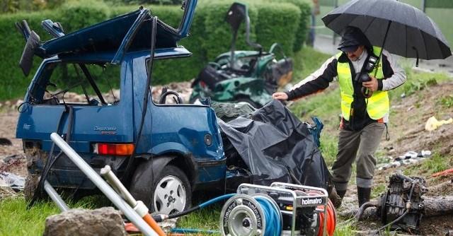 W śmiertelnym wypadku w Kraczkowej zginęły cztery osoby.
