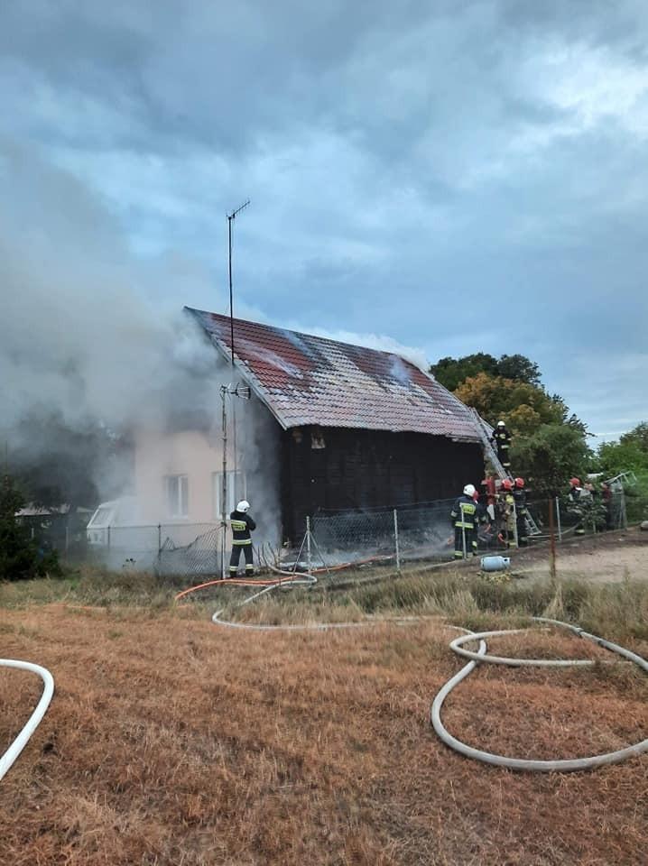 Pożar jednorodzinnego domu w kolonii Zawady