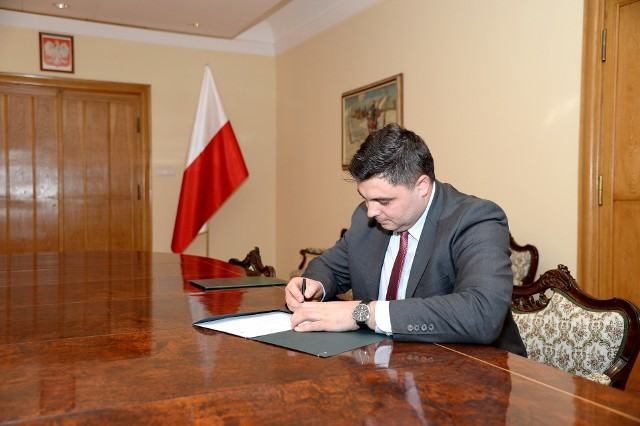 """Piotr Szczepański, nowy prezes Fabryki Broni """"Łucznik"""" w Radomiu."""